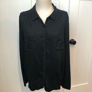 Loft Black Button-up XXL
